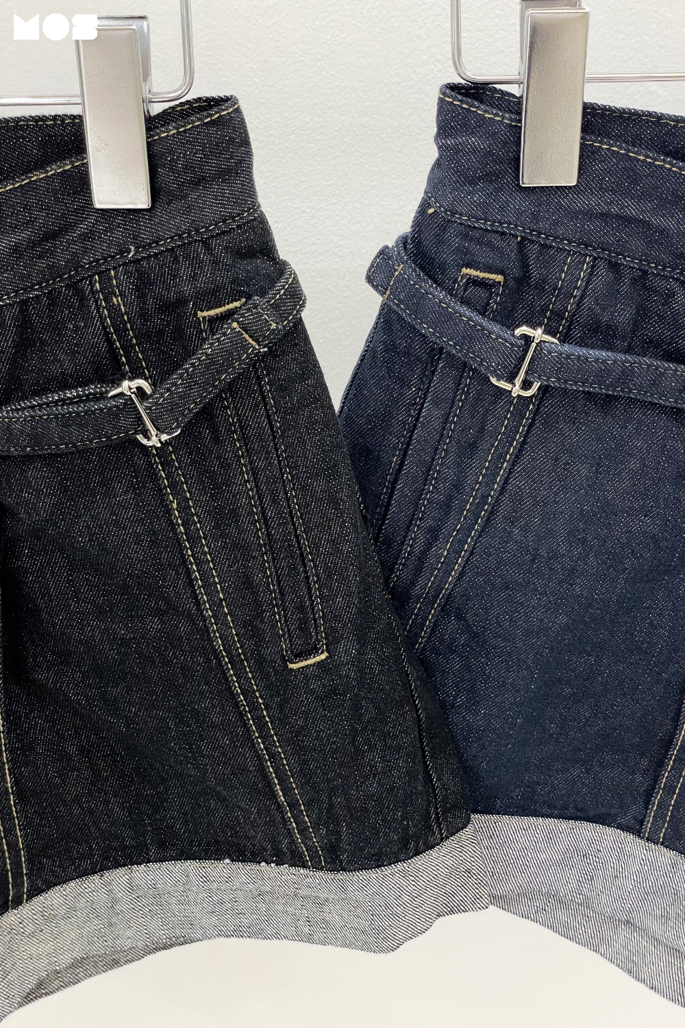 DENIM CHAIN SHORT PANTS